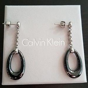NWOT CK drop shaped earrings
